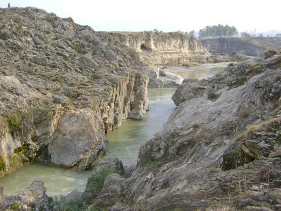 Shenky pool Takht Bhai
